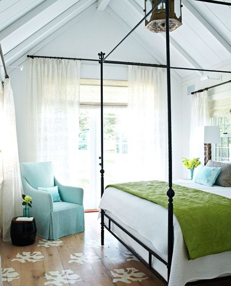 Travel Inspired Bedroom Designs Are Sophisticated And Elegant: Eye For Design: Decorating In Coastal Style.....Elegant