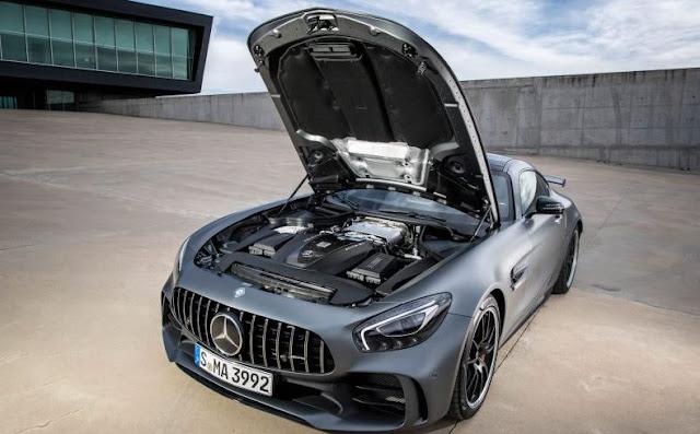 2018 Mercedes AMG GT R Engine