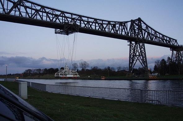 Transporter-Bridge-جسر-ناقل