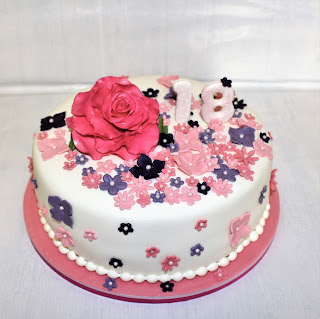 Bolamor Taarten Thema Verjaardag