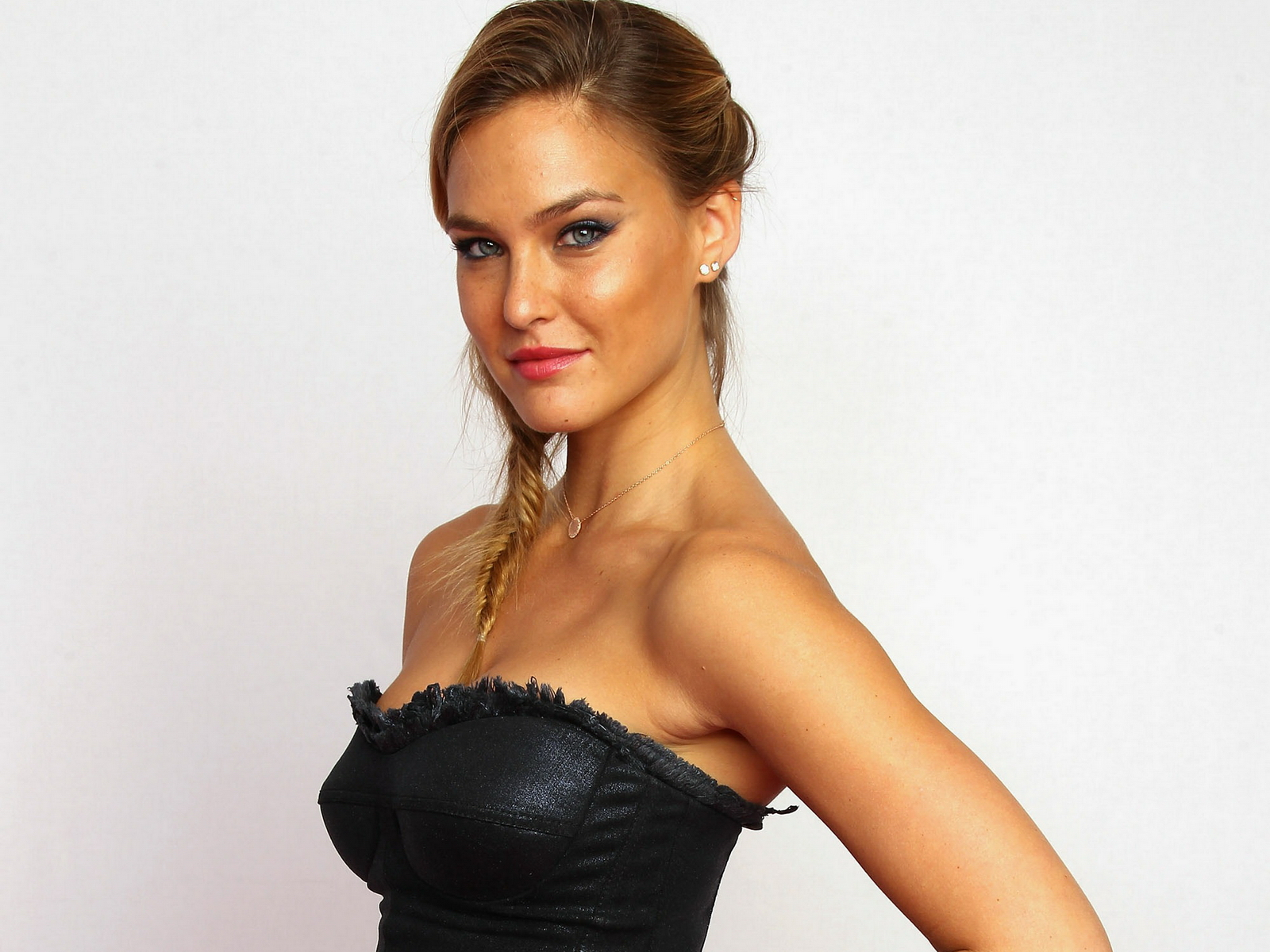 All Wallpapers: Bar Refaeli Hot Model Wallpapers 2013 бар рафаэли