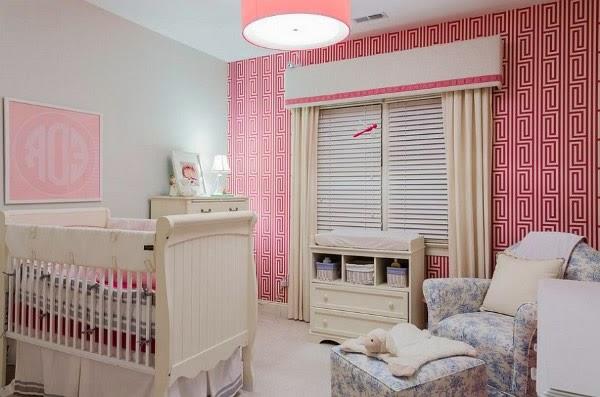 dormitorio rosa para bebé