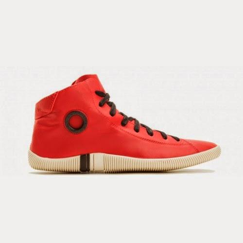 a6ed550746 Temos um tênis da marca Osklen de cano alto e em várias cores: