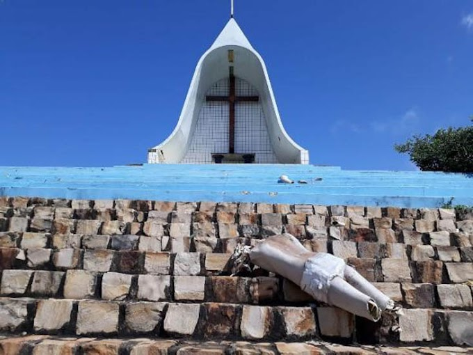 "Bandidos incendeiam igreja no PI; bispo repudia, ""ato profano"""