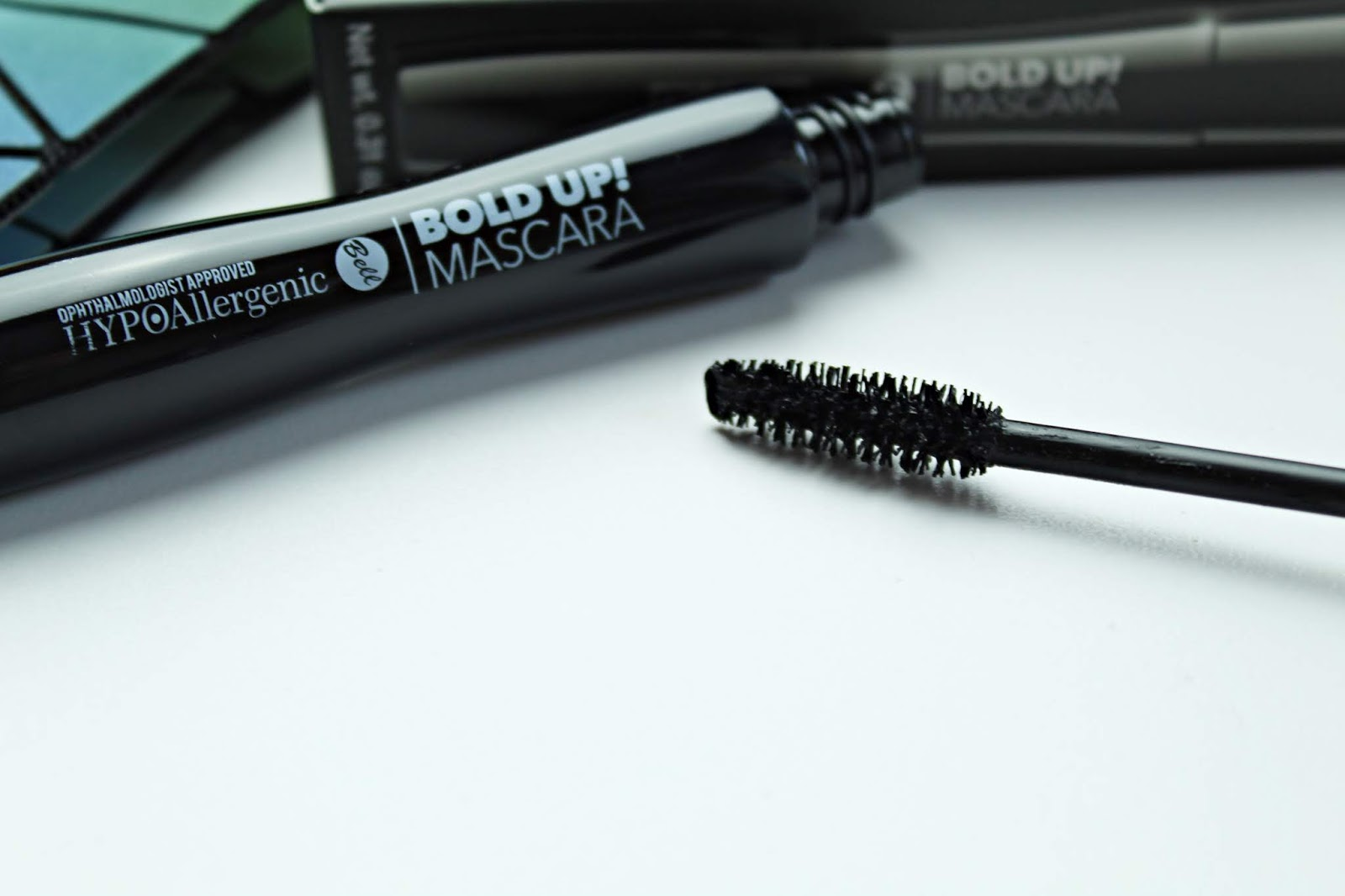 HypoAllergenic Bold Up! Intense Mascara Bell