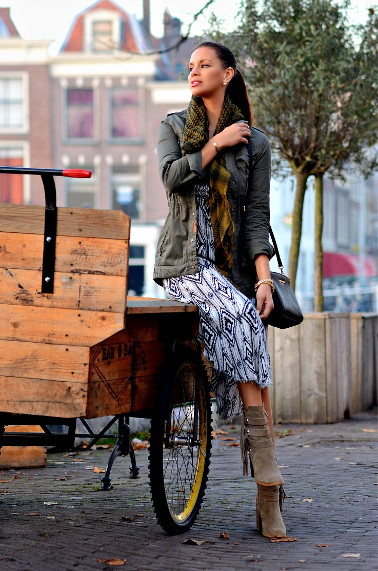 Tamara Chloé, TC Style Clues, Bershka Dress, Zara, Fringe Ankleboots, Michael Kors Selma bag, Prisma watch, Mise En Dior Tribal Earrings, Fall outfit, Leiden