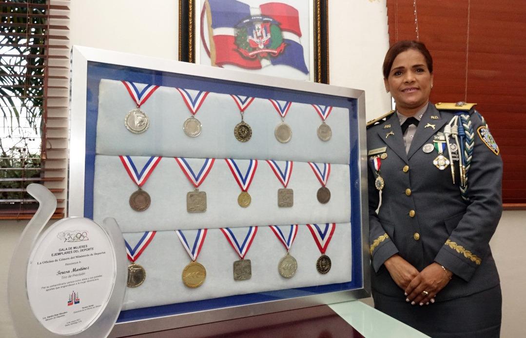 """Generala Teresa Martínez: """"Las funciones no deben ser ni para mujeres ni para hombres, son para quien pueda desarrollarla con éxito"""""""