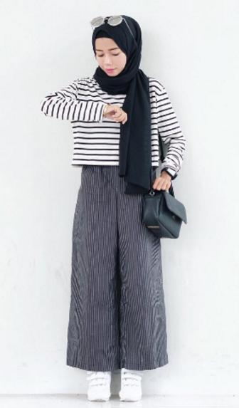Fashion Gaya Casual Wanita Berhijab Masa Kini | Tutorial Hijab