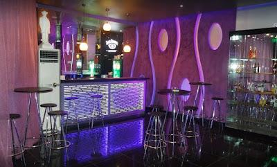 Corner Club Karaoke Manado