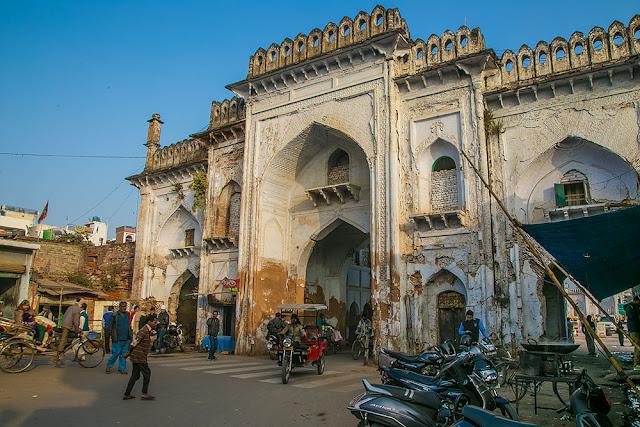 jama masjid mosque lucknow nawab