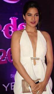 Actress Tanya Choudhary Stills in White Dress at Apsara Awards 2016 0006.jpg