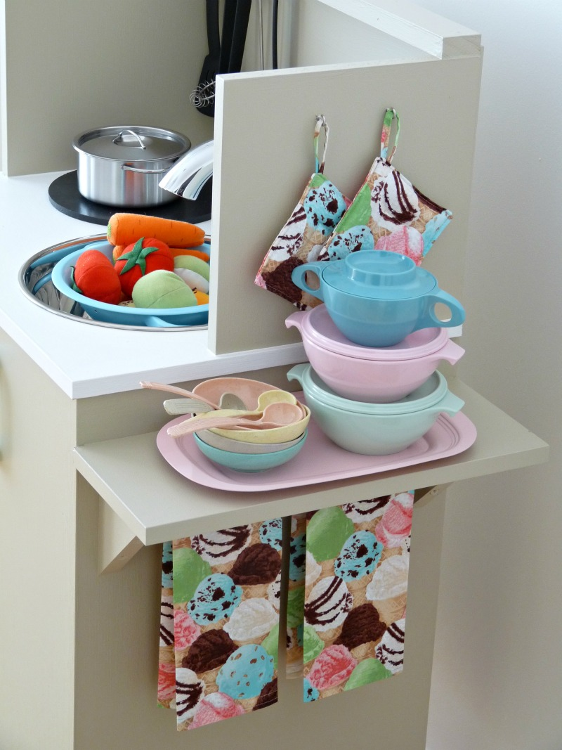 play kitchen accessories diy play kitchen before and after diy show diy 1547
