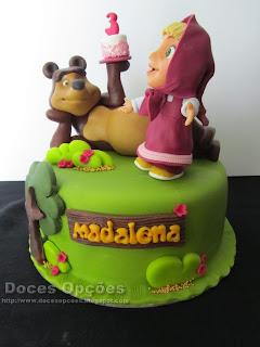 Bolo do 3º aniversário da Madalena com a Masha e o Urso