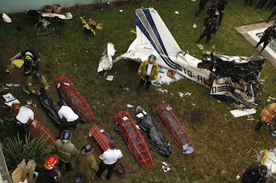 Plane crash pictures bodies  Daily Pictures