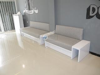 Sofa Custom Sesuai Peanan - Sofa Menyatu Dengan Meja - Semarang Furniture