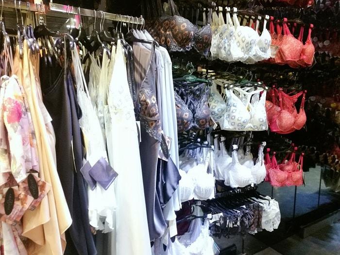 AnneBra, lingerie shopping at Terminal 21 Asok
