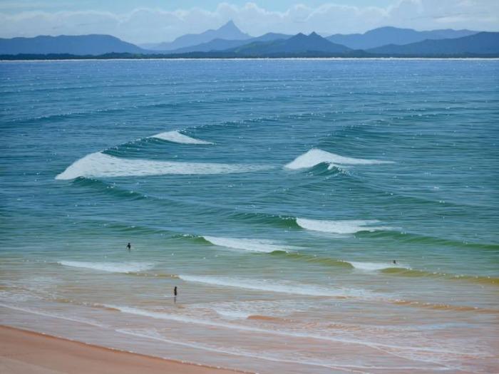 Вода, пейзажи, фигуративная живопись. Paul Haggith