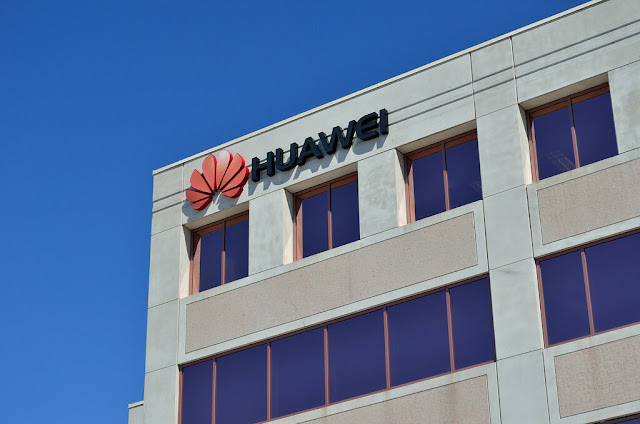 Huawei Ban : Everything You Need To Know About-Technogienie.