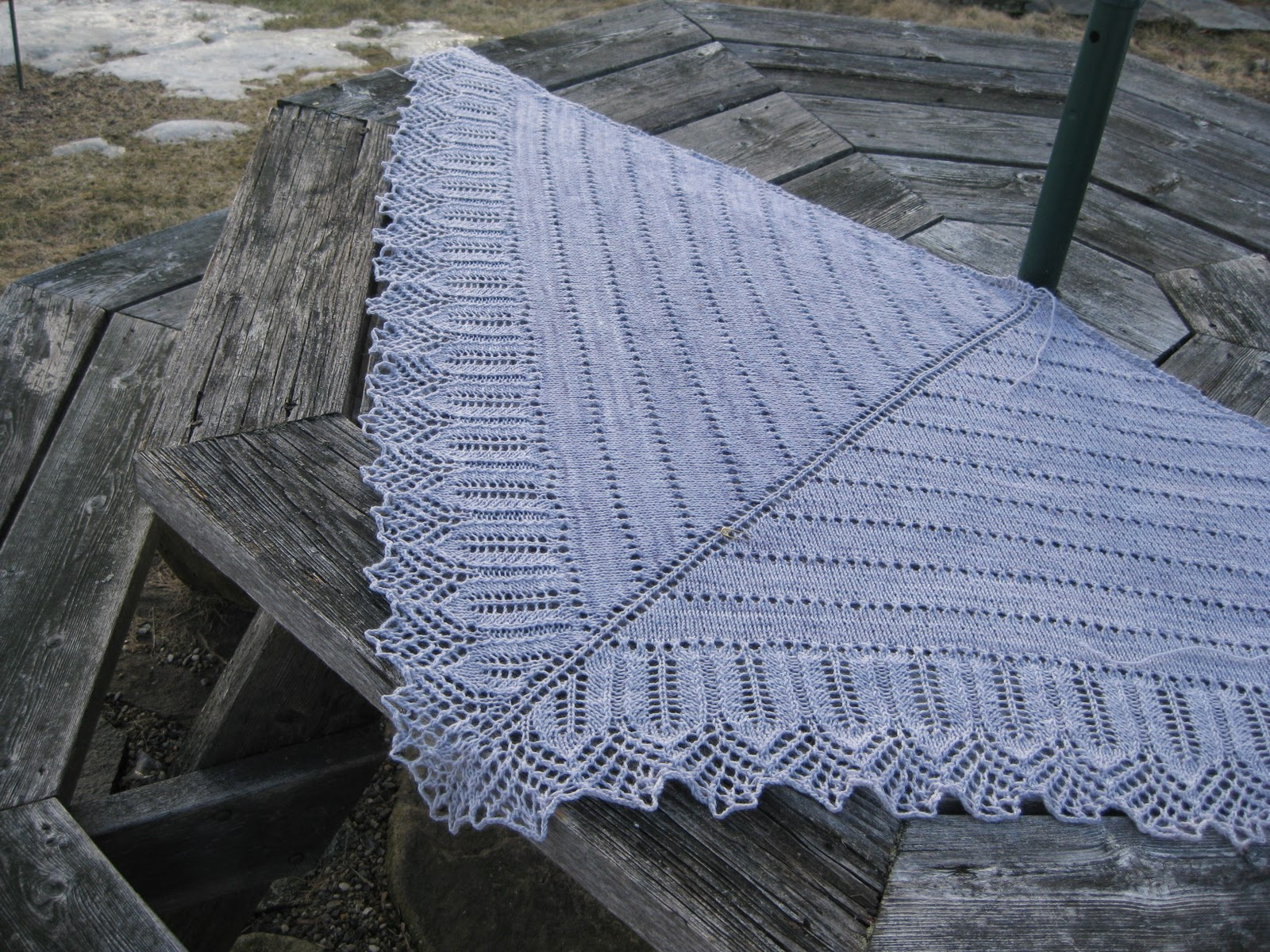 Knittin' to blog about: Shawl Pictures