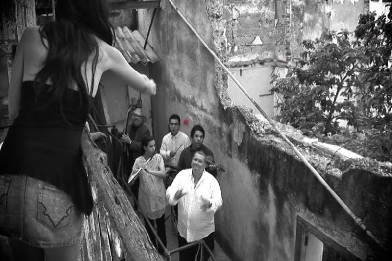 Luis Frank Arias Mosquera (Macry) - ¨La Rosa¨ - Videoclip - Dirección: Orlando Domínguez. Portal Del Vídeo Clip Cubano - 09