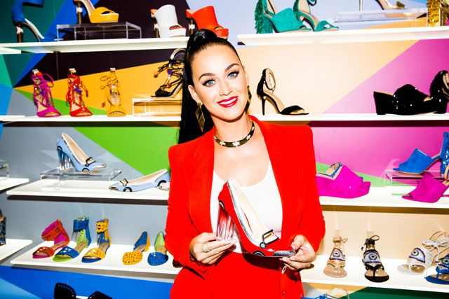 http://www.syriouslyinfashion.com/2016/09/katy-perry-launches-shoe-collection.html