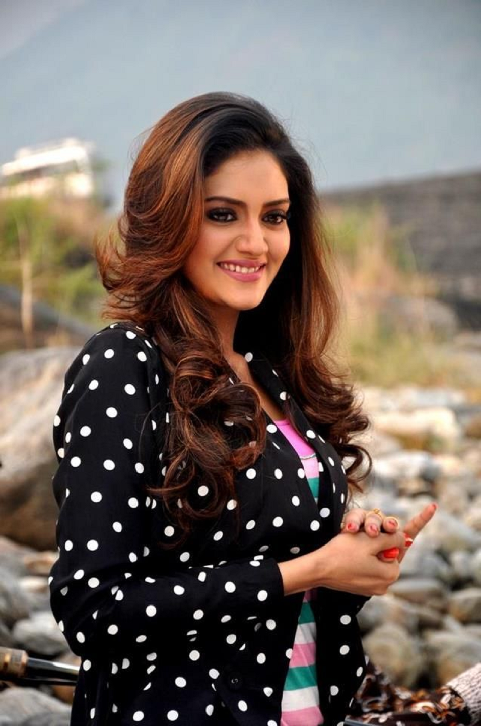 Best Popular Celebrities: Most Popular Celebrities Nusrat