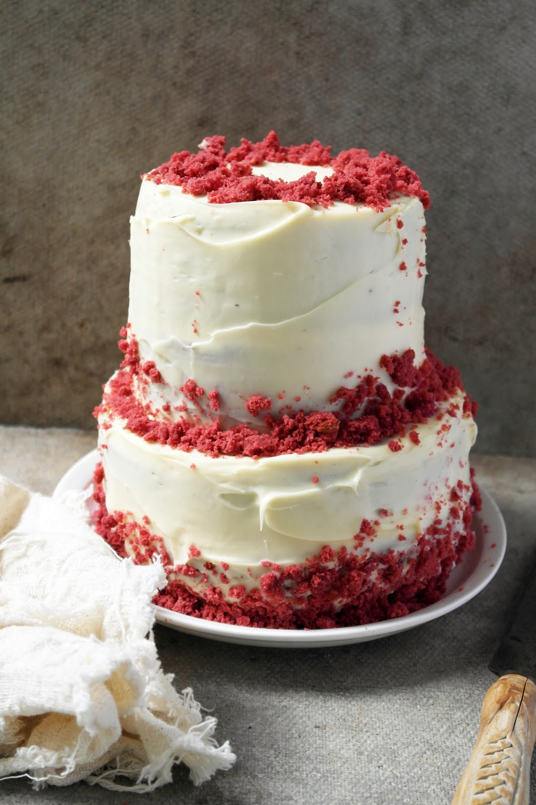 Red Velvet Cake With White Chocolate Cream Cheese Frosting