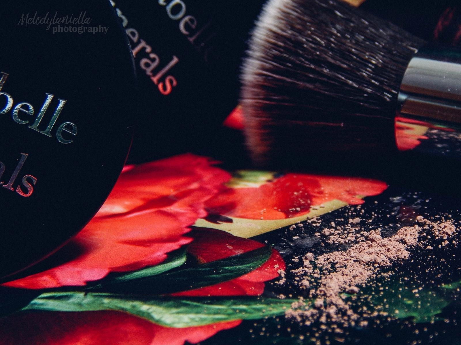 annabelle minerals kosmetyki mineralne zestaw matujący korektor podkład róż gratis pędzel jak używać kosmetyków mineralnych recenzja melodylaniella pędzel z bambusową rączką