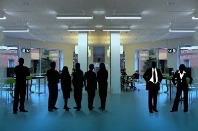Ciri-Ciri Pekerja Profesional di Tempat Kerja