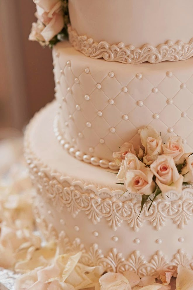 Best Wedding Cakes of 2014   Belle The Magazine Photographed by Misty Miotto Photography this gorgeous creation by Anna  Cakes was one of the most popular among our sophisticated brides