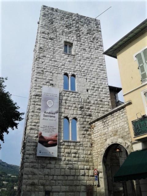 Chateau Villeneuve, torre