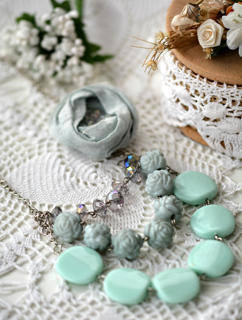 Mint Rose Bead Necklace