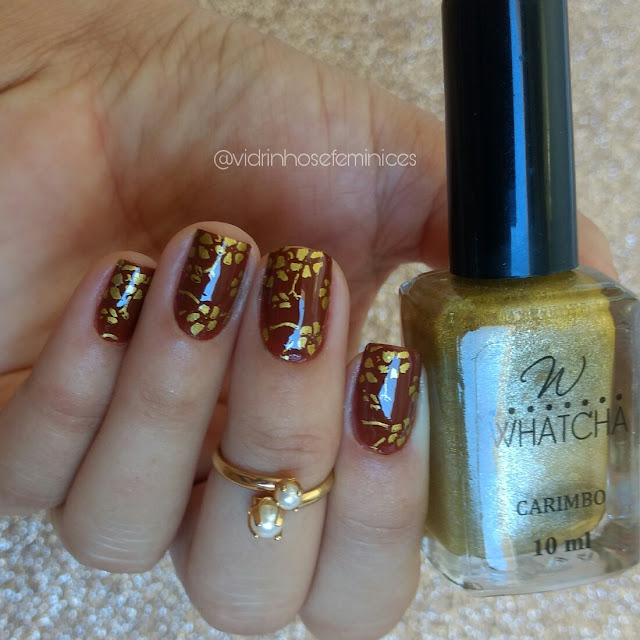 Golden Satin whatcha + camurça anita esmaltes
