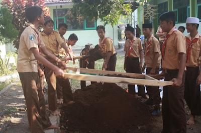 MTsN Paiton Menuju Sekolah Adiwiyata