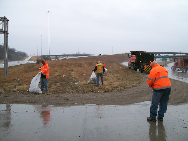 littering litter and feet wide highway Subtitle b solid waste, toxic chemicals, sewage, litter, and water chapter 365 litter 30 days on a person's property within 50 feet of a public highway in the.