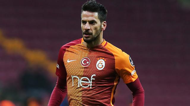 Galatasaray hala yolları ayıramadı!