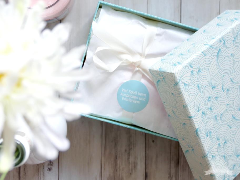 DM Box Wir entdecken - Neue Beautygeheimnisse & Schönheit für Haut und Haar