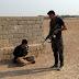 Szakáll nélkül, civil ruhában menekülnek a dzsihádisták