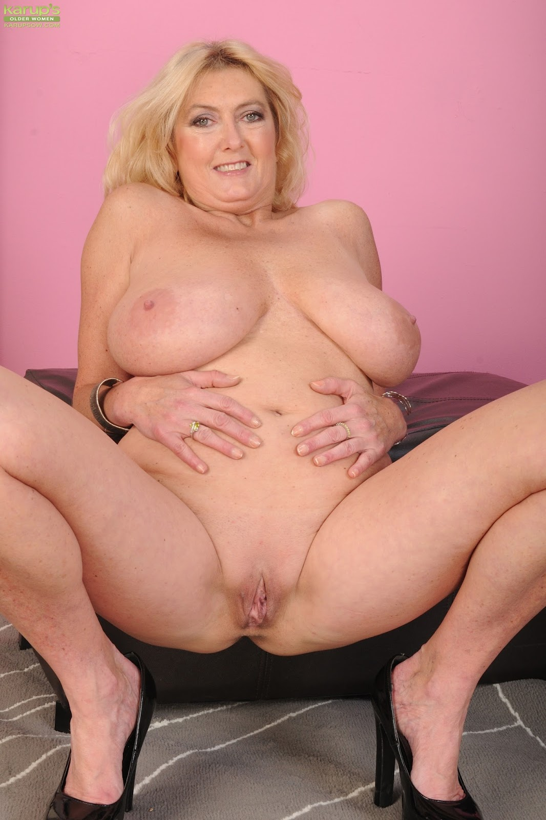 Mine free mature blonde big tits porn not present