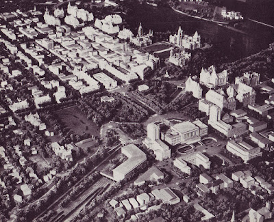 Photo from the Greber Plan showing the centre of Ottawa, with large institutional buildings straddling the Rideau Canal around Albert and Slater. (Drawing #118)