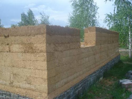 Как построить дом из самана