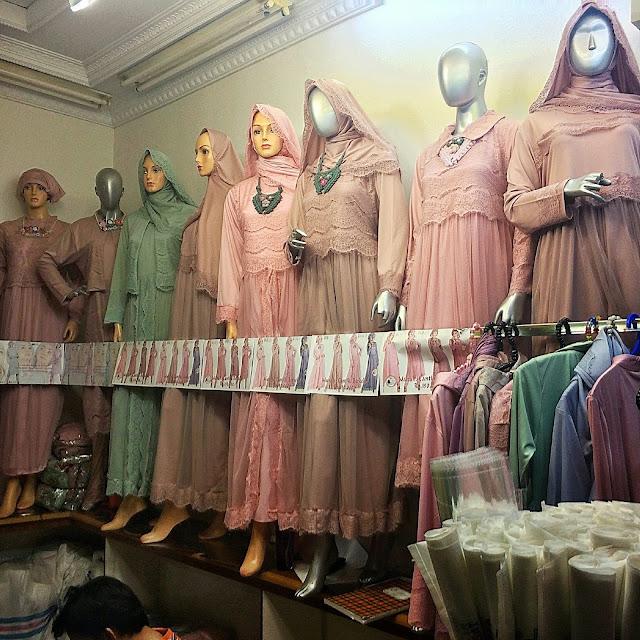 アバヤもおしゃれなムスリムファッションに!