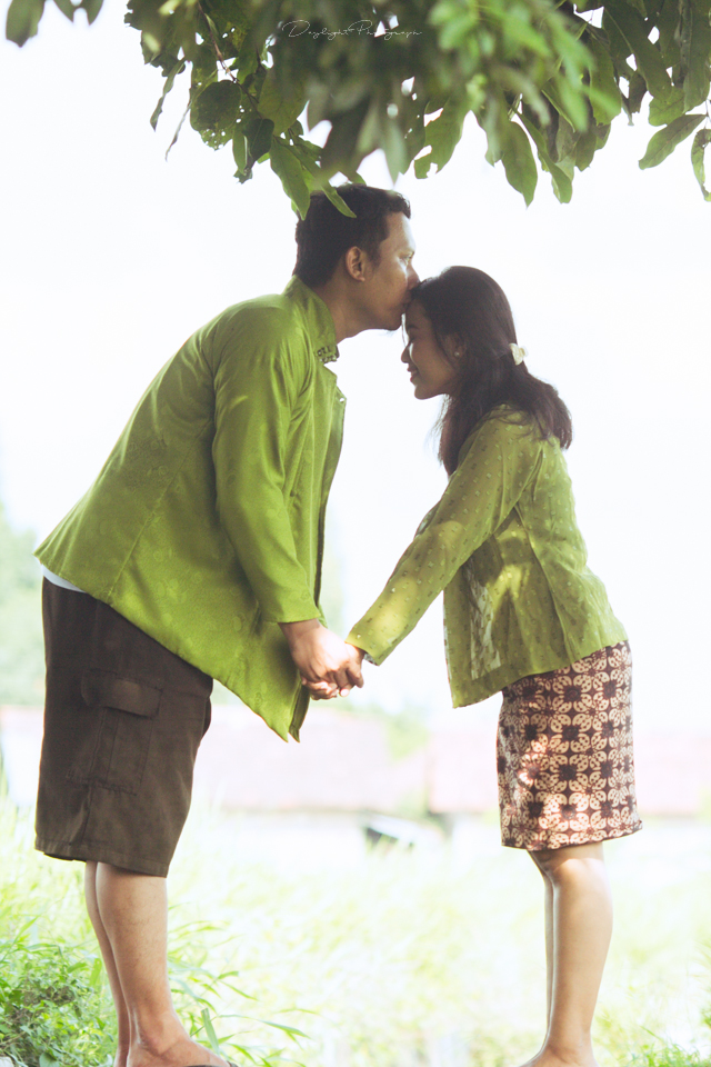 prewedding simple di sawah