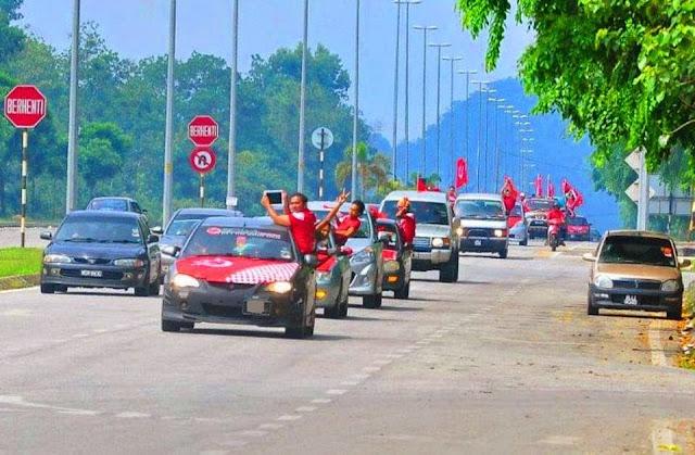Image result for konvoi penyokong kelantan