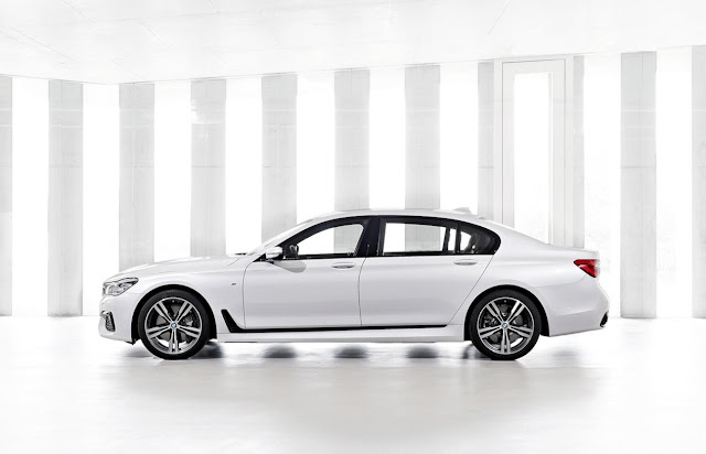2016 BMW 7-Series white