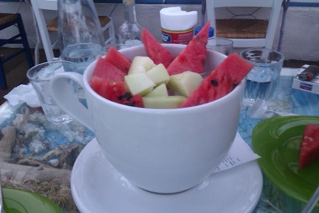 Προσωπικές ιστορίες : Καλοκαίρι, με τη φέτα το καρπούζι στο ένα χέρι