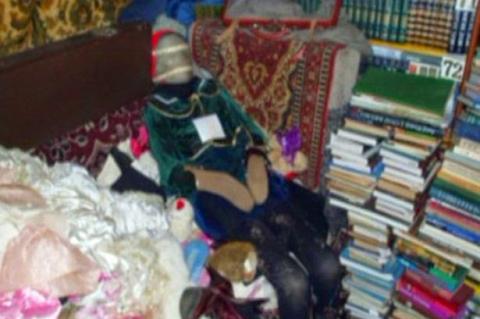 Ngeri! Pria Ini Koleksi 150 Boneka Yang Berasal Dari Jenazah Yang Diawetkan