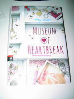 https://bienesbuecher.blogspot.de/2016/09/rezension-museum-of-heartbreak.html