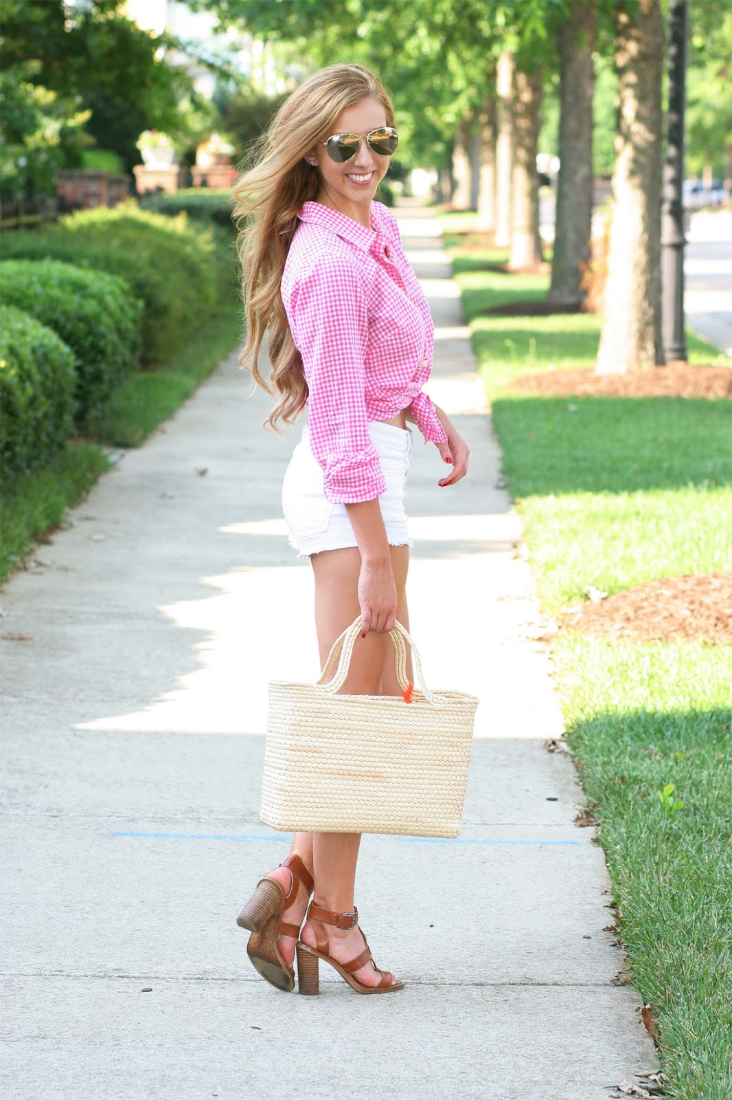 Sara-kate-styling-Steadman-Raleigh-fashion-blogger-frill-blog-society-nc