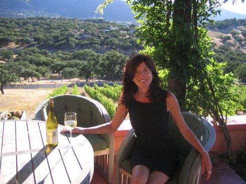 Janet Eastman Named Wine Writer for Mail Tribune - Art Matters!